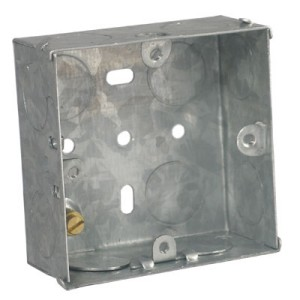 1 Gang 72x72x35mm Steel Flush Box C/W 20mm Knockouts DB164